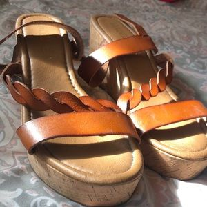 Gently worn Sandles